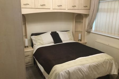 Quality Bed and Breakfast - Burgess Hill