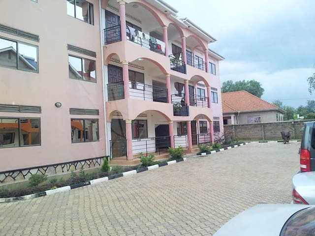 Kal Apartments for a private stay - Mubende - Apartment