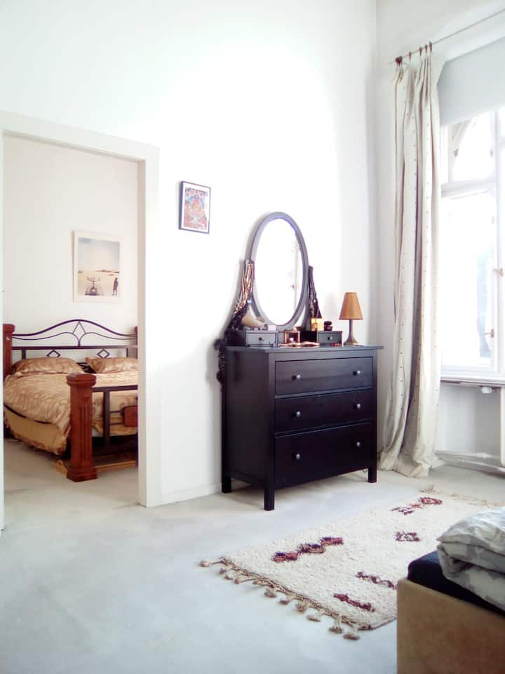 2 Zimmer in Berlin, Edle Charlottenburg