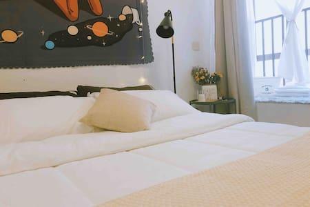 像家一样的温馨卧室