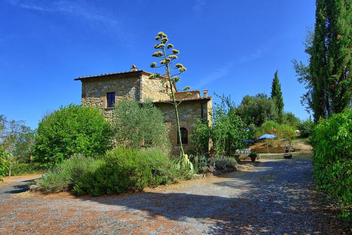 Casa Mauro - Holiday Country House with swimming pool in Chianti, Tuscany