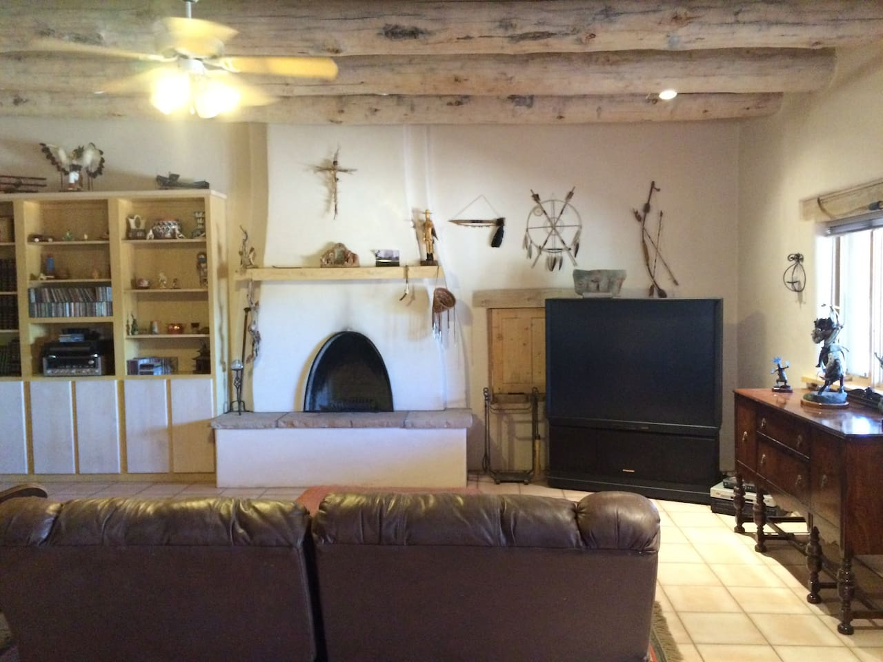 Beautifully finished, large, comfortable living room with all the Santa Fe charm!