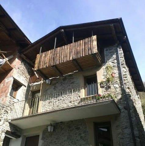 Valtellina,Berbenno di Valtellina - Berbenno di Valtellina - 一軒家