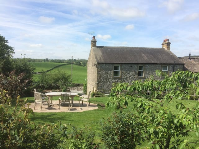 Luxurious Granville House Bell Busk in Malhamdale