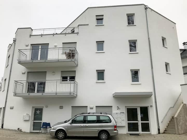 BÜS01 Modern apartment with balcony in Büsingen