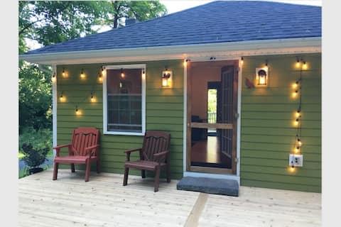Sweet Green Rosendale Cottage