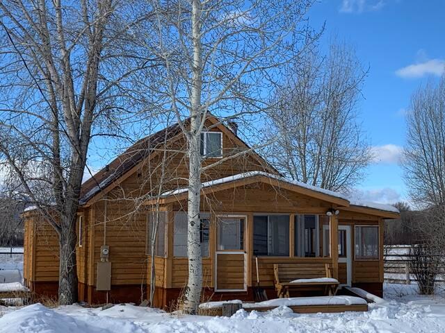 Darby Creek Cabin