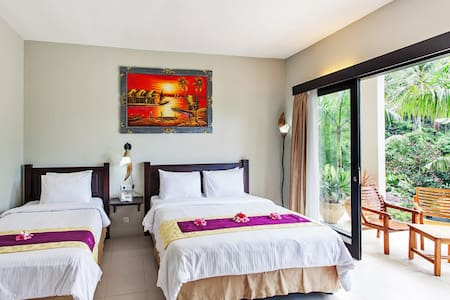 Simple room for 3 in Lombok - Batu Layar - Villa