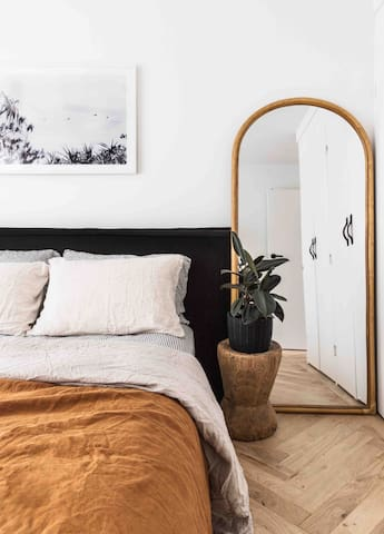 Sleep in comfort thanks to our linen sheets