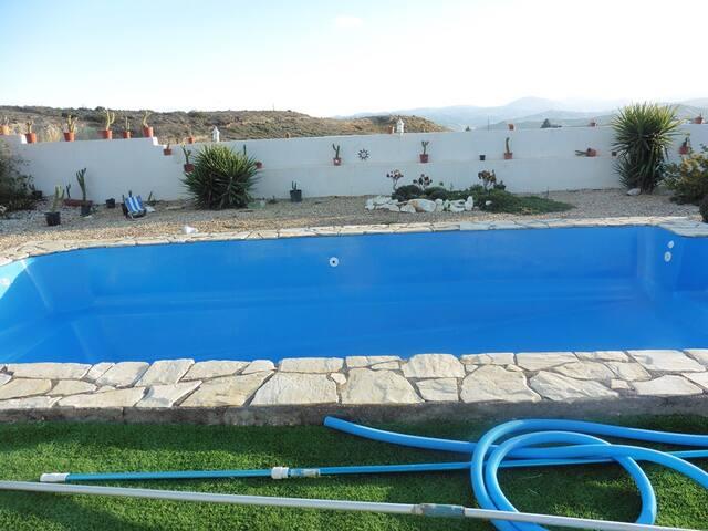 The pool 8x4