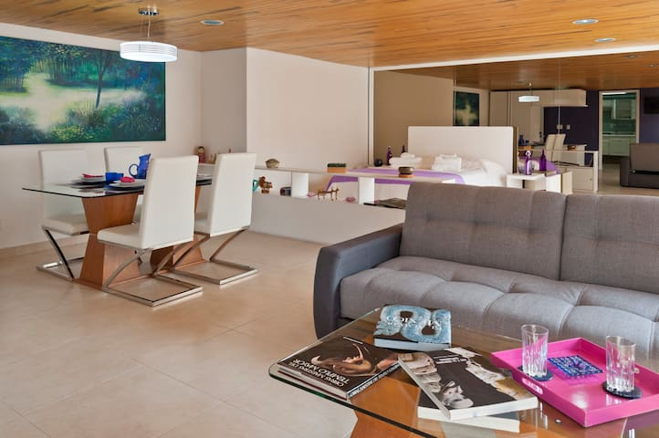 Cheerful department very centric near to WTC