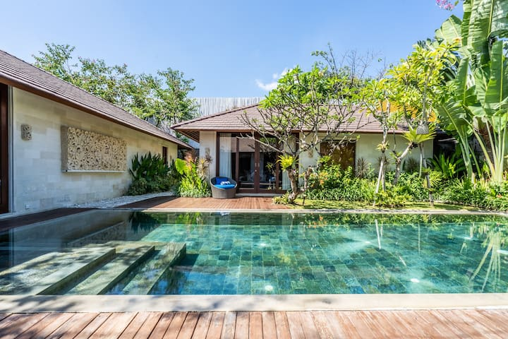 1 bedroom luxury pool villa near beach