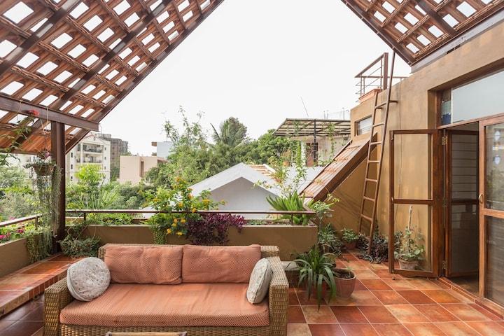 TERRACE ROOM ensuite in a Eco-design Trendy Villa