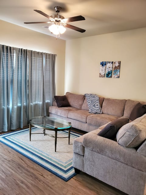 ⭐New Listing⭐ Cozy Oasis near Rigbys Water Park