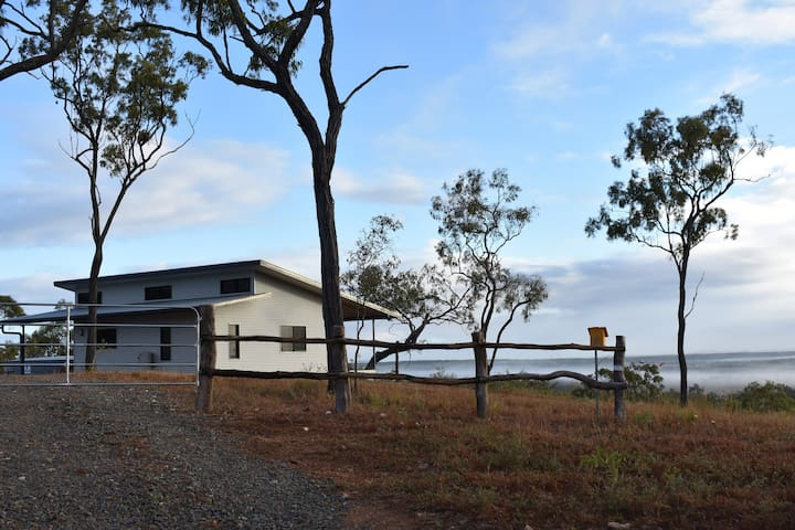 Ironbark House Dimbulah with Amazing Views