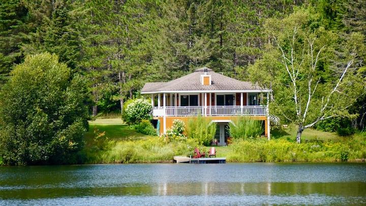 Chalet Le Relax - Bord de Lac - Région Tremblant