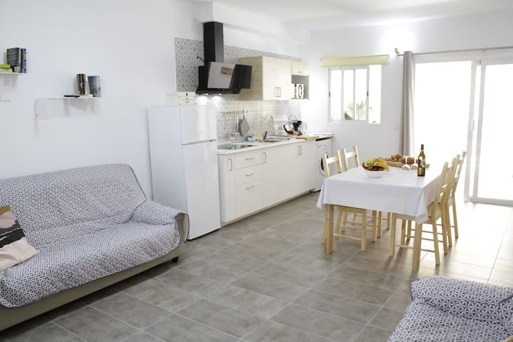 Casa Lola. Apartamento luminoso en Tenerife Sur