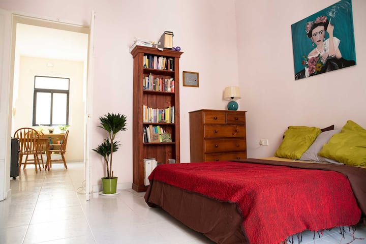 Gzira townhouse close to the sea