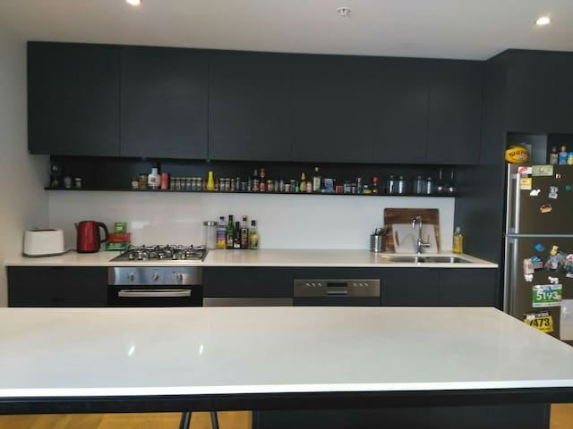 Modern apartment in Collingwood - Collingwood - อพาร์ทเมนท์