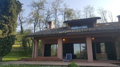 Villa sur les collines de Torrechiara