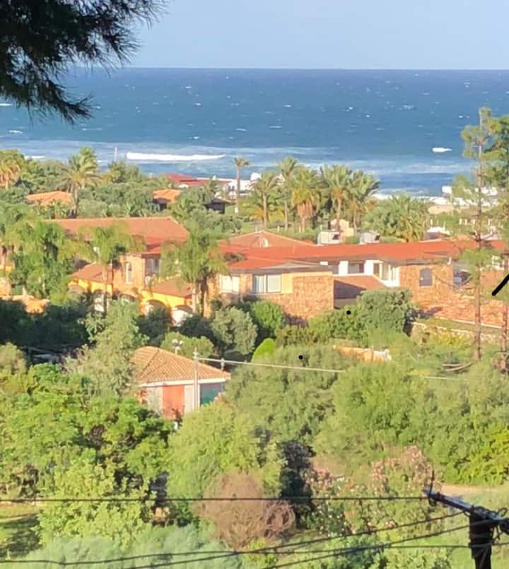 150 mt dalla incantevole spiaggia di CALA SINZIAS.