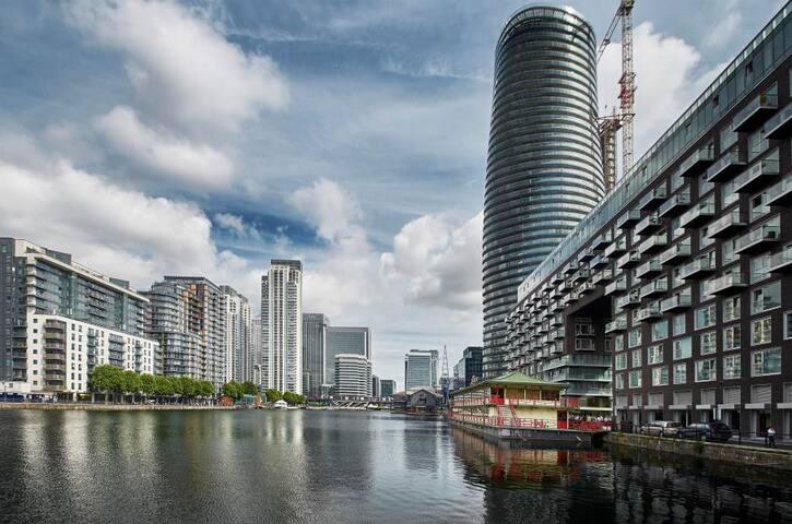 💜 Luxury Modern Canary Wharf Apartment ★★★★★ P3