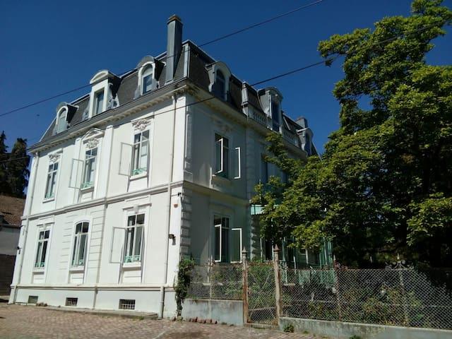 Exceptionnel Maison de Maitre du 18eme siècle