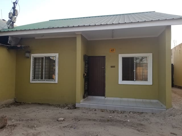 Quite and comfortable home at Kinondoni