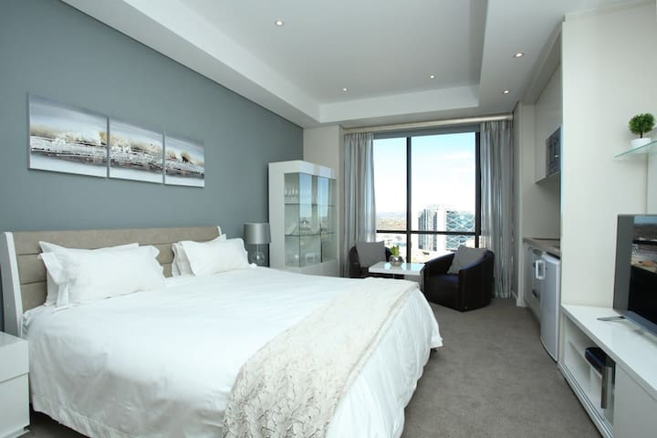 Sandton Skye - Luxury Apartment - Sandton - Huoneisto
