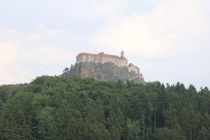 Idyllischer Urlaub mit Blick auf die Riegersburg 2