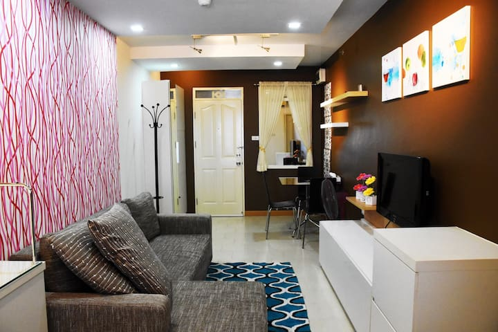 One bedroom across Yanhe hospital - Bangkok - Kondominium