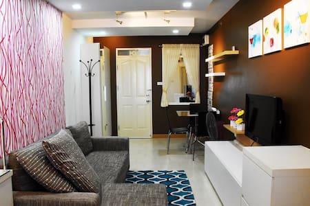 One bedroom across Yanhe hospital - Bangkok