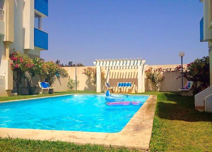 Wohnung mit 2 Schlafzimmern in Hammamet mit herrlichem Meerblick, Pool, Balkon - 100 m vom Strand entfernt