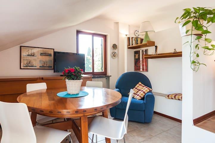Romantic little attic  - Latina - Apartment