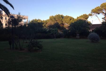 Precioso apartamento junto al mar - Costa dels Pins
