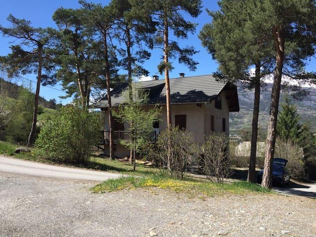 Maison cosy à 5mn de Barcelonette - Uvernet-Fours - Hus