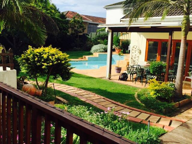 Faith's Suite close to the beach - Port Elizabeth - Talo