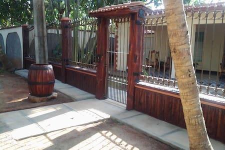 Casa en zona de la playa - Playa Rancho Luna - Rumah