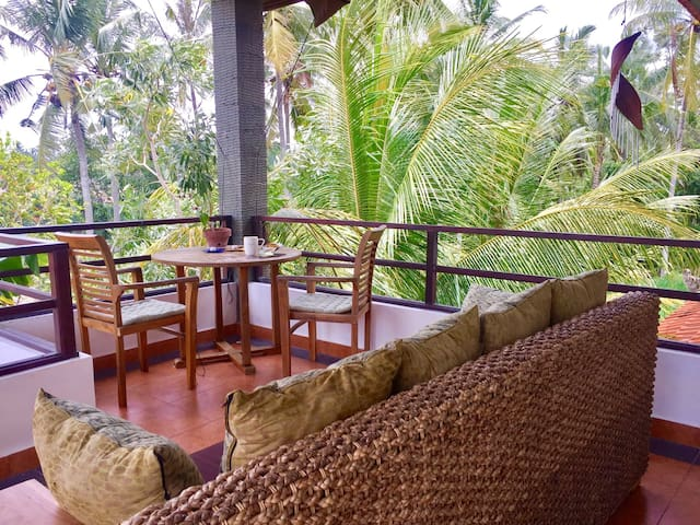 ☆Cozy jungle, canyon & ricefield home, Ubud 5 min☆ - Ubud - Apartamento