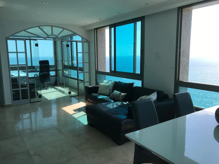 apartment on the beach at Netanya!