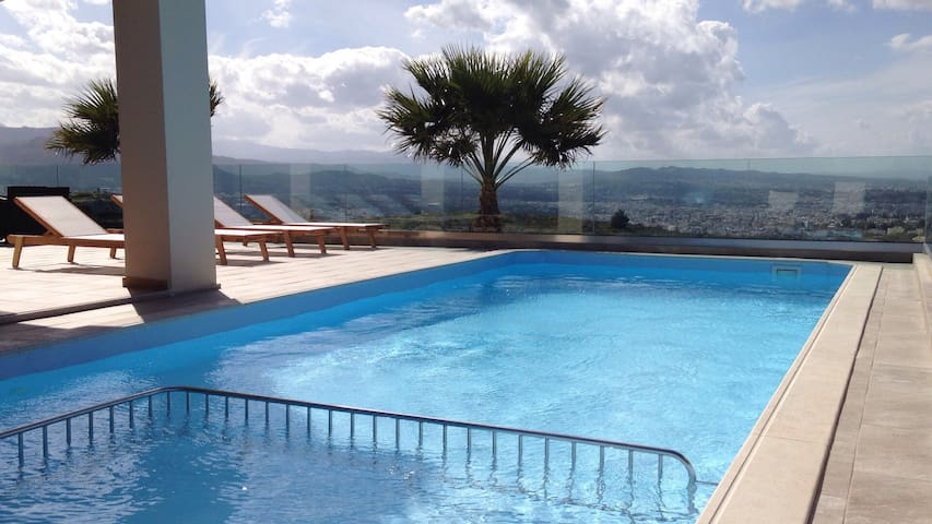 Villa with amazing view !!