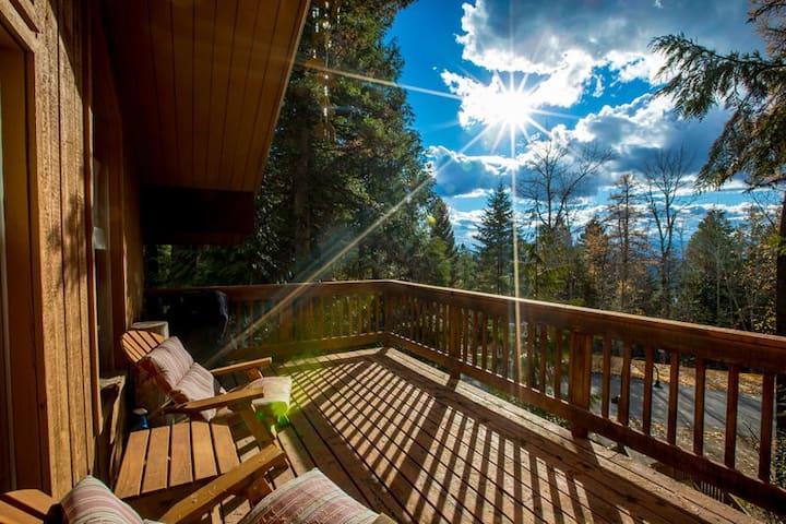 Mountain Condo @ Ptarmigan with lake access, pool/tub