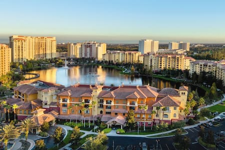 Disney Timeshare - Bonnet Creek 2 BR, Sleeps 8