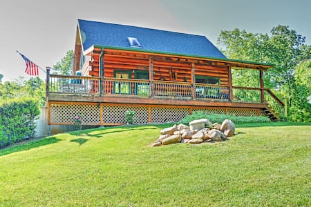 'Lakewood Lodge' - 2BR Claytor Lake Log Home - Pembroke - 獨棟