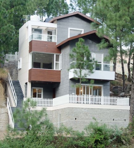 Kasauli - 3 BHK Villa with huge Barbeque Garden - Kasauli - 別荘