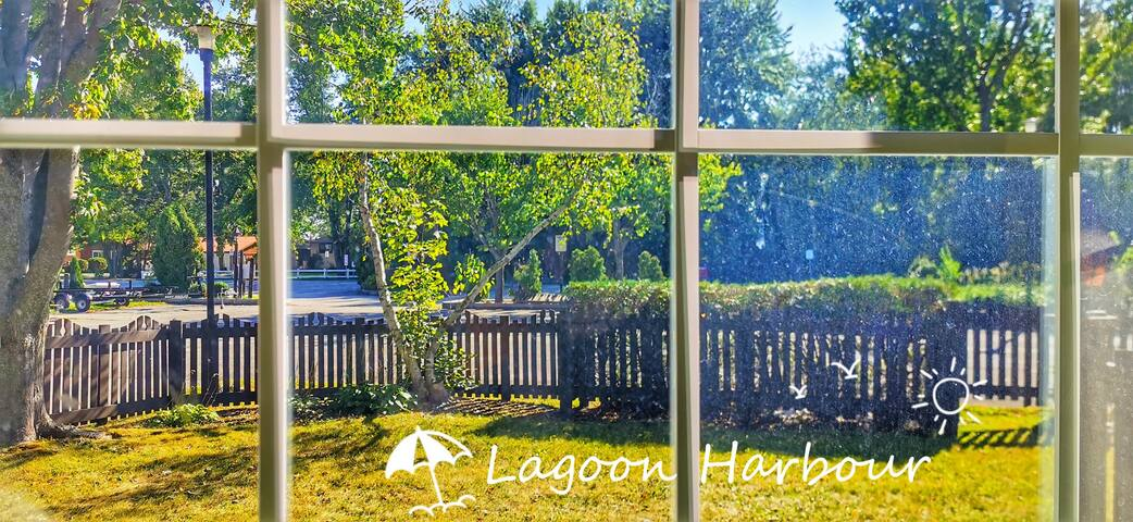 Lagoon Harbour Double Room Lake View 2nd F