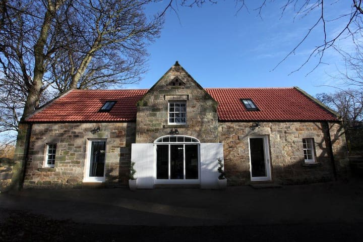 The Stables, Tranent
