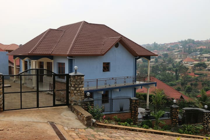 Furnished house with 4 rooms