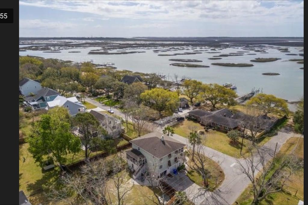 Located on Clark Sound, with public access to the water