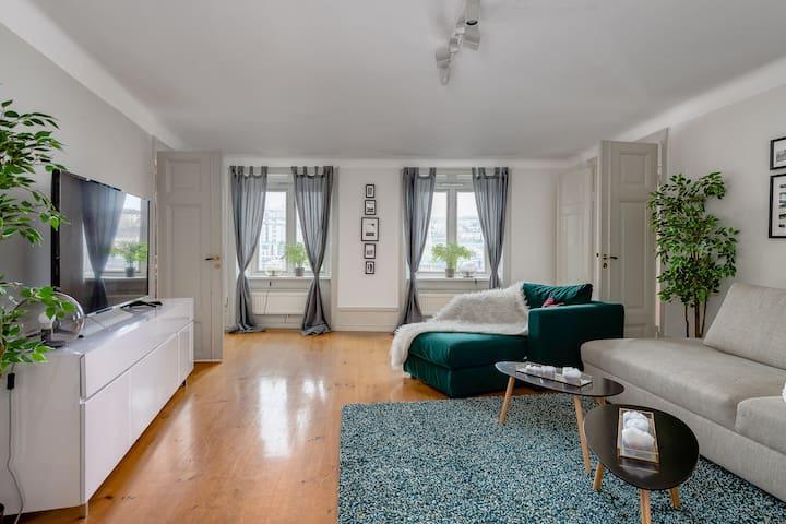 Lovley flat in AAA location